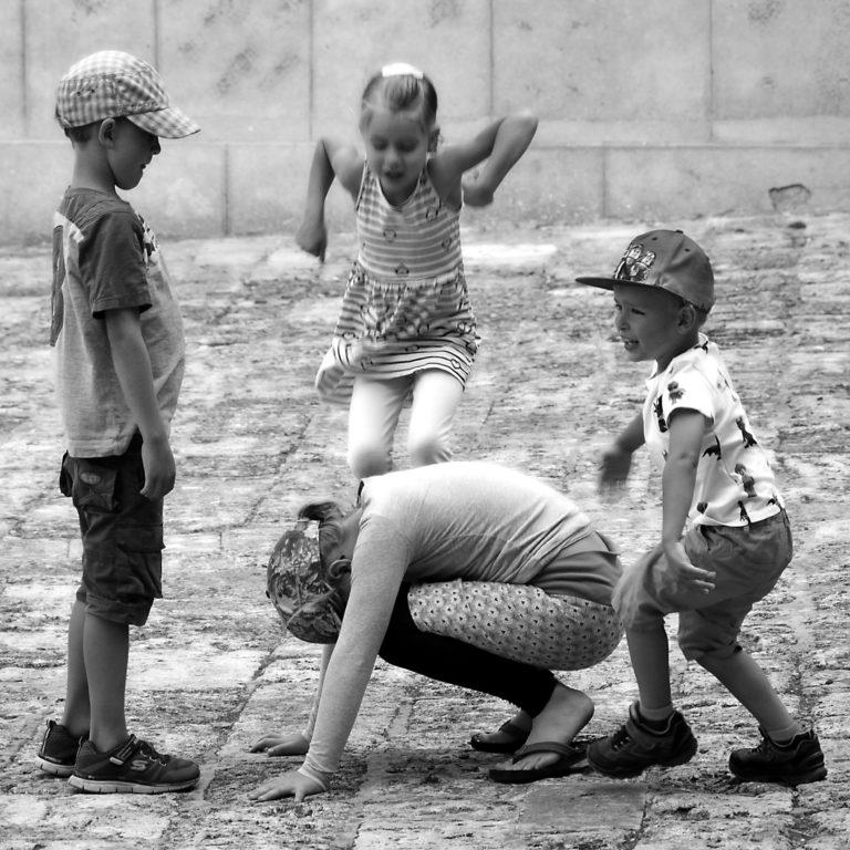 IT#Vimercati-Alberto#_#Ai_bambini_basta_poco_per_giocare#C2